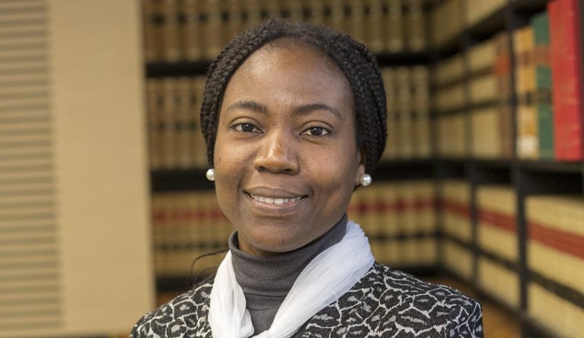 Dr Lola Akin Ojelabi